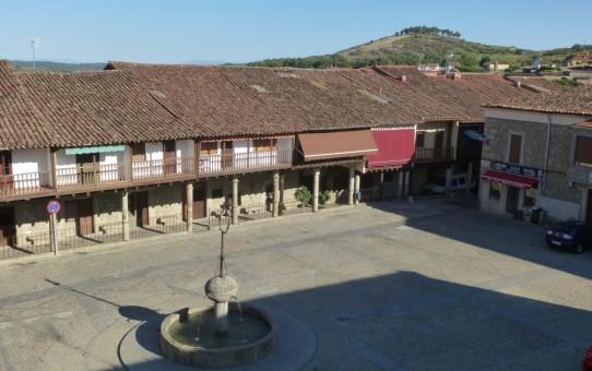 Plaza de Cuacos de Yuste 14