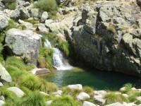 gargantas de agua cristalina, cascadas, charcas 4