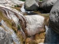 gargantas de agua cristalina, cascadas, charcas 8